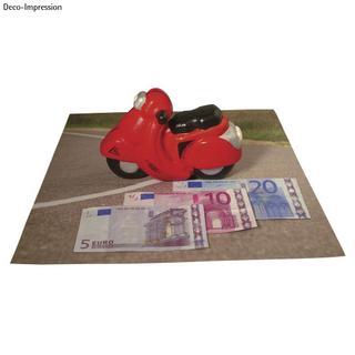 Motocyclette en polystyrene (non peint)<br />17x10,5 cm